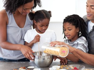 daily-tips-6-7-learning-activity-cooking-with-your-child-is-both-fun-and-helpful